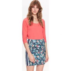 DOPASOWANY T-SHIRT DAMSKI RĘKAW 3/4. Różowe t-shirty damskie Top Secret, z bawełny. Za 19,99 zł.