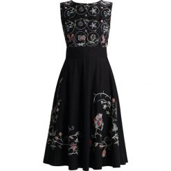 Sukienki hiszpanki: Ivko DRESS FLORAL EMBROIDERY Sukienka letnia schwarz
