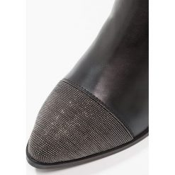 SPM NANTOE Ankle boot black. Czarne botki damskie skórzane marki SPM. Za 549,00 zł.