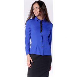 Klasyczna Kobaltowa Taliowana Koszula z Czarną Taśmą przy Guzikach. Niebieskie koszule damskie marki Molly.pl, l, eleganckie, z klasycznym kołnierzykiem, z długim rękawem. W wyprzedaży za 139,41 zł.