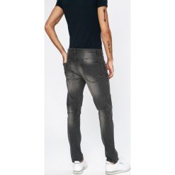 Brave Soul - Jeansy Rory. Szare jeansy męskie skinny marki Brave Soul. W wyprzedaży za 69,90 zł.