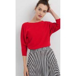 Sweter z nietoperzowym rękawem. Czerwone swetry klasyczne damskie Orsay, xs, z dzianiny. Za 79,99 zł.