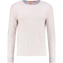 Swetry męskie: BOSS Orange KWAMERO SLIM FIT Sweter offwhite
