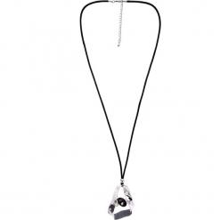 Naszyjnik z czarnym oczkiem QUIOSQUE. Czarne naszyjniki damskie QUIOSQUE. W wyprzedaży za 49,99 zł.