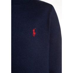 Polo Ralph Lauren BASIC Bluzka z długim rękawem newport navy. Niebieskie t-shirty chłopięce Polo Ralph Lauren, z bawełny, z długim rękawem. Za 129,00 zł.