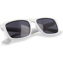 Okulary przeciwsłoneczne VANS - Squared Off VN00007EWHT White. Białe okulary przeciwsłoneczne damskie marki Vans. Za 89,00 zł.