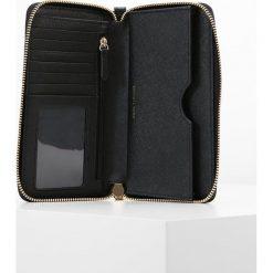 MICHAEL Michael Kors MERCER FLAT CASE  Portfel black. Czarne portfele damskie marki MICHAEL Michael Kors. Za 469,00 zł.