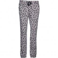 Spodnie piżamowe w kolorze szaro-czarnym. Białe piżamy damskie marki LASCANA, w koronkowe wzory, z koronki. W wyprzedaży za 58,95 zł.