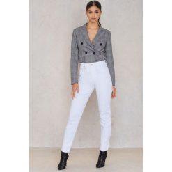 NEUW Jeansy Lola Danna - White. Białe jeansy mom damskie marki NEUW, z denimu. W wyprzedaży za 143,69 zł.
