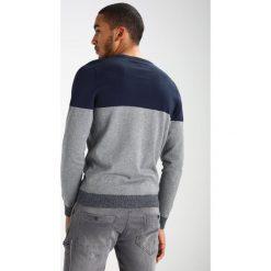 Swetry klasyczne męskie: YOURTURN Sweter mottled grey/dark blue