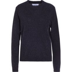 Holzweiler BISMUTH Sweter dark grey melange. Szare swetry klasyczne damskie marki Alma en Pena, z materiału, na płaskiej podeszwie. W wyprzedaży za 378,95 zł.