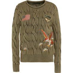 Polo Ralph Lauren Sweter olive. Zielone swetry klasyczne damskie marki Polo Ralph Lauren, m, z bawełny, polo. W wyprzedaży za 524,50 zł.