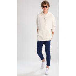 Bejsbolówki męskie: AllSaints ANARK OTH Bluza z kapturem vintage white