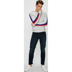 Pepe Jeans - Sweter Warren. Szare swetry klasyczne męskie marki Pepe Jeans, l, z bawełny, z okrągłym kołnierzem. W wyprzedaży za 189,90 zł.