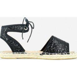 Rzymianki damskie: Sandały na płaskim obcasie, styl espadryle