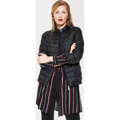 Pikowana kurtka - Czarny. Czarne kurtki damskie pikowane marki House, l, z nadrukiem. Za 149,99 zł.