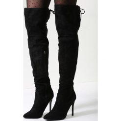 Czarne Kozaki McKenzie. Czarne buty zimowe damskie other, z materiału, ze szpiczastym noskiem, na wysokim obcasie, na obcasie. Za 129,99 zł.