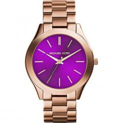 """Zegarek kwarcowy """"Slim Runway"""" w kolorze różowozłotym. Żółte, analogowe zegarki damskie marki Michael Kors, ze stali. W wyprzedaży za 413,95 zł."""
