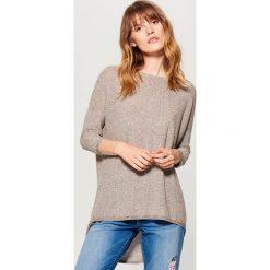 Asymetryczny sweter - Beżowy. Szare swetry klasyczne damskie marki Mohito, l, z asymetrycznym kołnierzem. Za 89,99 zł.