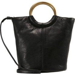 Torebki klasyczne damskie: J.CREW LEATHER BUCKET BAG Torebka copper black