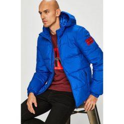 Calvin Klein Jeans - Kurtka puchowa. Niebieskie kurtki męskie bomber Calvin Klein Jeans, l, z jeansu. Za 999,90 zł.