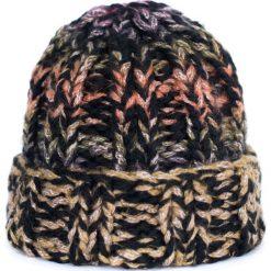Czapka damska Street life czarna. Czarne czapki zimowe damskie marki BIG STAR, z gumy. Za 78,80 zł.