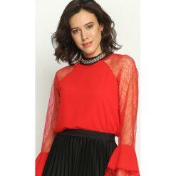 Czerwona Bluzka Ladylike. Czerwone bluzki longsleeves Born2be, s, z aplikacjami, z koronki, z falbankami. Za 49,99 zł.