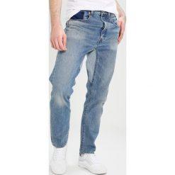 Levi's® GUSSET TAPER ALTERED  Jeansy Zwężane custom. Niebieskie jeansy męskie marki Levi's®. W wyprzedaży za 351,75 zł.