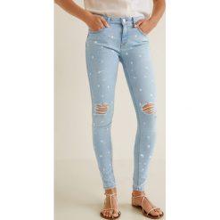 Mango - Jeansy push-up Kimpaint. Niebieskie jeansy damskie rurki Mango, z bawełny. Za 119,90 zł.