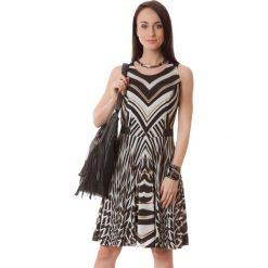 Sukienki hiszpanki: Sukienka w kolorze beżowo-brązowym