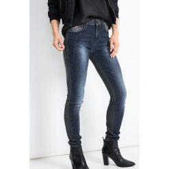 """Spodnie z wysokim stanem: Dżinsy """"Lorraine"""" w kolorze szaroniebieskim"""