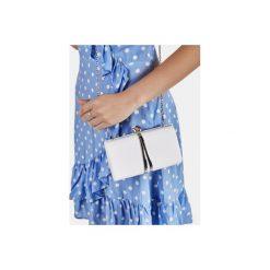 Puzderka: Biała torebka typu kopertówka Fisterra