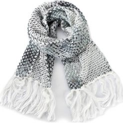 Szal GUESS - Not Coordinated Wool AW6489 WOL03 OFF. Białe szaliki damskie Guess, z aplikacjami. W wyprzedaży za 159,00 zł.
