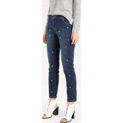 Dorothy Perkins COREY Jeans Skinny Fit indigo. Niebieskie boyfriendy damskie Dorothy Perkins. W wyprzedaży za 183,20 zł.