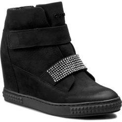 Sneakersy CARINII - B3814 360-000-POL-B88. Czarne sneakersy damskie Carinii, z materiału. W wyprzedaży za 279,00 zł.