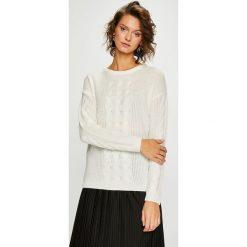 Medicine - Sweter Secret Garden. Niebieskie swetry klasyczne damskie marki DOMYOS, z elastanu, street, z okrągłym kołnierzem. W wyprzedaży za 95,90 zł.