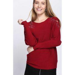 Bordowy Sweter Sunday Moon. Czerwone swetry klasyczne damskie Born2be, l, z dekoltem w łódkę. Za 79,99 zł.