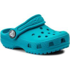 Klapki CROCS - Classic Clog K 204536 Turquoise. Niebieskie klapki chłopięce marki Crocs, z tworzywa sztucznego. Za 119,00 zł.