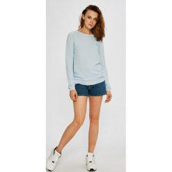 Swetry klasyczne damskie: Lacoste – Sweter