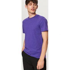 T-shirty męskie: Gładki t-shirt basic – Fioletowy