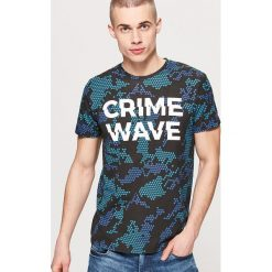 T-shirt z napisem - Niebieski. Niebieskie t-shirty męskie House, m, z napisami. Za 49,99 zł.