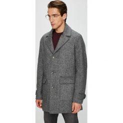 Guess Jeans - Płaszcz. Szare płaszcze na zamek męskie marki Guess Jeans, l, z aplikacjami, z bawełny. W wyprzedaży za 799,90 zł.