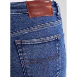 Boyfriendy damskie: Tiger of Sweden Jeans AMY Jeansy Slim Fit medium blue