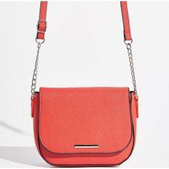 Torebka - Czerwony. Czerwone torebki klasyczne damskie marki Sinsay. Za 39,99 zł.