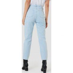Spodnie damskie: NA-KD Luźne jeansy - Blue