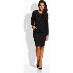 Sukienki: Czarna Sukienka z Wiązaną Kokardą przy Dekolcie