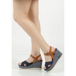 Sandały na koturnie Wrangler Jeena Indigo WL171680. Niebieskie sandały damskie Wrangler, na koturnie. Za 208,99 zł.