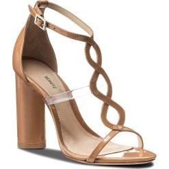 Rzymianki damskie: Sandały SCHUTZ – S 20435 0013 0002 U Toasted Nut/Transparente