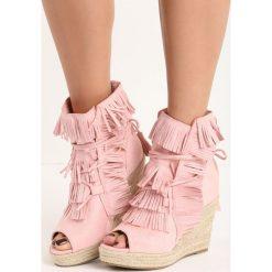 Różowe Sneakersy Sheev. Czerwone sneakersy damskie marki Born2be. Za 69,99 zł.