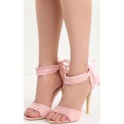 Różowe Sandały Heart Attack. Białe sandały damskie marki Reserved, na wysokim obcasie. Za 59,99 zł.
